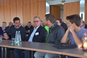 Johannes Jakob, Alexander Jungkunz und Uli Grötsch, Generalsekretär der BayernSPD, im Gespräch